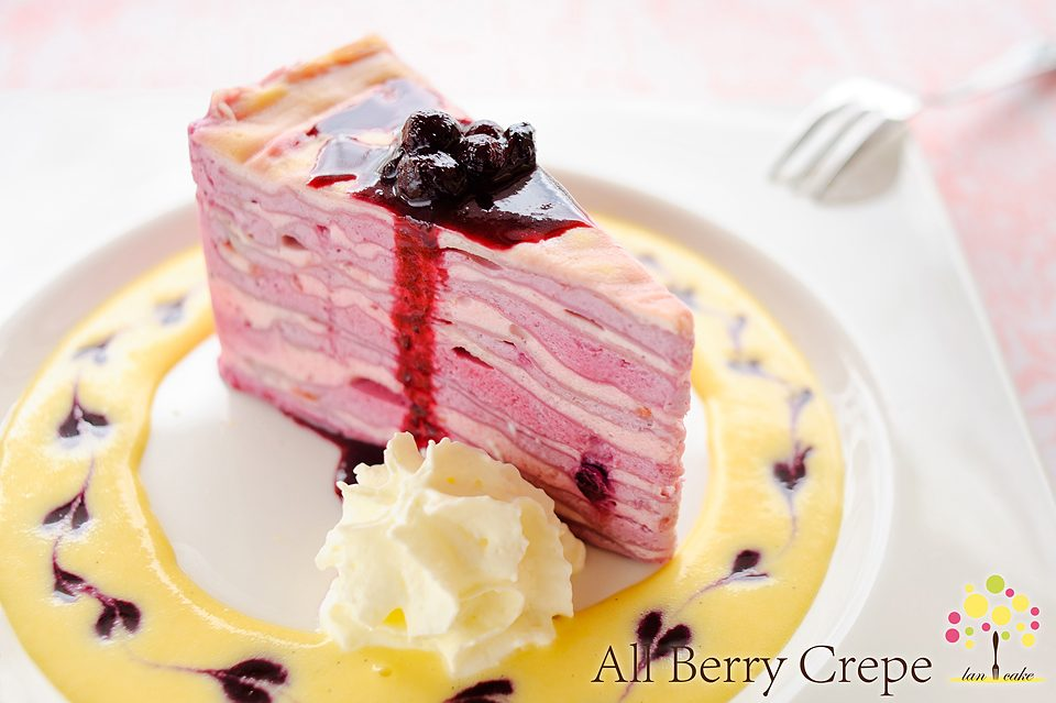 All Berry Crepe